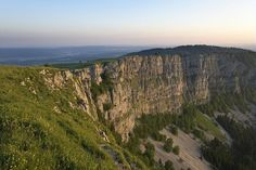 The Mont d'Or, mountain of Franche-Comté (© CRT Franche-Comté / Stéphane GODIN) France Travel, Grand Canyon, Explore, Places, Nature, Mountain, Cliff, Beautiful Places, Brittany