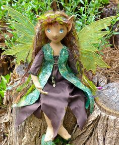 The Fairies Nest - OOAK Cloth Dolls & Fiber Fantasies