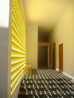 secuutus: Barragan's Chapel (Entry point) ik houd van deze lichtinval, geeft zo'n mooi patroon op de vloer!
