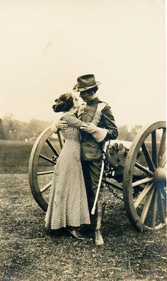vintage everyday: The war lovers, ca. 1910s