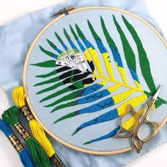 Newest Pics unique Embroidery Designs Ideas I'm excited to announce my Parrot Palm Leaf Hand Embroidery Pattern is now available in my shop! Embroidery Scissors, Learn Embroidery, Hand Embroidery Stitches, Hand Embroidery Designs, Embroidery Techniques, Ribbon Embroidery, Embroidery Art, Machine Embroidery, Hand Stitching