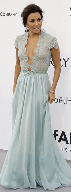 Eva Longoria's mint green lace gown and black platform pumps