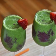 12 Ways To Sneak Spinach Into Your Smoothie   Berries, Spinach and Yogurt