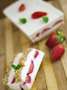 Terrine fraise chocolat blanc - Recette de cuisine Marmiton : une recette