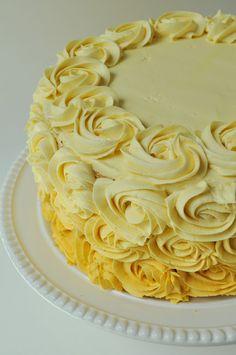 Yellow Rose Vanilla Cake