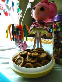 Lalaloopsy...find the link to make the button pb cookies!  C.U.T.E.