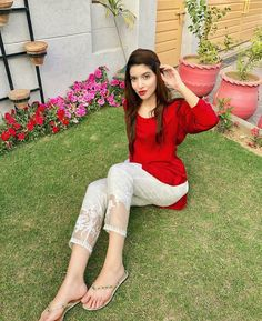 Beautiful Love Pictures, Ayeza Khan, Pakistani Girl, Fashion Hub, Girls Dp, Ao Dai, Salwar Kameez, Like4like, Indian
