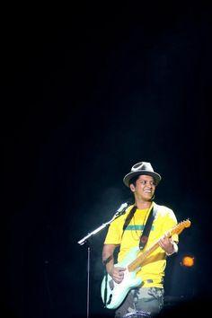 Bruno Mars - Rio de Janeiro