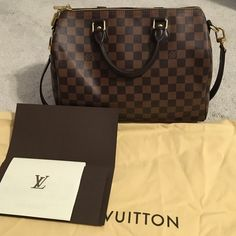 Louis Vuitton damier ebene speedy band 30 Very good condition. I take very good care of all my bags. Include original dust bag and have original receipt. no trade. Louis Vuitton Bags Crossbody Bags