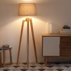 Lampadario treppiede in legno e cotone H 150 cm NORDIC