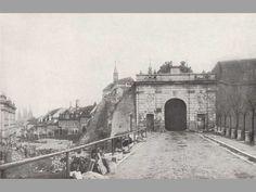 Říšská brána 1898 Old Photography, Old Paintings, History Photos, More Pictures, Czech Republic, Vintage Photos, City, Civilization, Genealogy