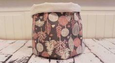 Organize a sua casa com um lindo cesto de tecido, que pode ter a combinação de estampas ou combinaçã
