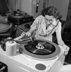 Listen to Let's Go Disco Mix Part 32 on Music Blobs Radios, Lps, Le Kraken, Musica Disco, Vinyl Junkies, Record Players, Vintage Records, Dj Music, Techno Music