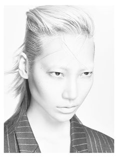 Soo Joo shot by Hong Jang Hyun for Juun.j Advertising Campaign Fall Winter 2015 Business Hairstyles, Up Hairstyles, Hairdos, Juun J, Declaration Of Independence, Advertising Campaign, Poses, Pop Culture, Hair Beauty