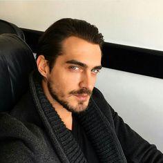 Dusan Susnjar Handsome Italian Men, Dusan Susnjar, Beautiful Men Faces, Charming Man, Dapper Gentleman, Elegant Man, Photography Poses For Men, Male Face, Male Beauty