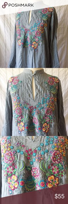 """Johnny Was Boho Floral Embroidered Blouse XS Johnny Was Blueish gray boho Embroidered Floral Blouse with long Sleeves. Lightly worn in excellent condition. 100% cotton. Size XS Measurements: Shoulder to Shoulder: 16"""" Underarm to Underarm: 20"""" Sleeve Length: 23.5"""" Length: 29.5"""" Johnny Was Tops Blouses"""