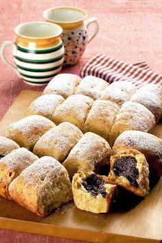 Buchty s mákem Czech Food, Czech Recipes, Tiramisu, Cheesecake, Muffin, German, Cakes, Breakfast, Deutsch