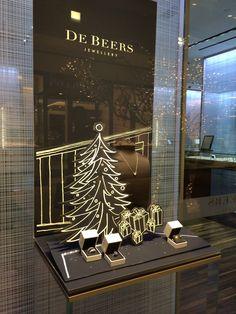 DeBeers window display - Houston