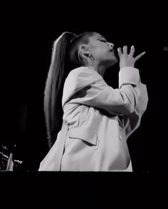 Ariana Grande Concert, Ariana Grande Photoshoot, Ariana Grande Images, Netflix Specials, Ariana Tour, Ariana Video, Ariana Grande Wallpaper, Coachella Festival, Jungkook Aesthetic