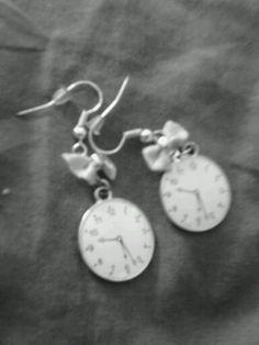 Retro Clock and Ribbon Earrings