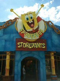 My Theme Park Fanatic!: The New Sponge Bob Store Pants at Universal! Universal Studios Orlando Fl, Orlando Studios, Orlando Travel, Orlando Vacation, Orlando Disney, Disney World Trip, Disney Trips, Sponge Bob, My Themes