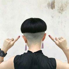 #hairdare #feminine #beauty #style #bold Shaved Long Hair, Shaved Nape, Bowl Haircuts, Short Bob Haircuts, Short Hair Cuts, Short Hair Styles, Clipper Cut, Marley Twists, Bowl Cut