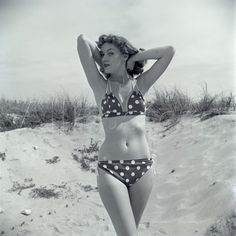 Polka dot bikini - simple dreams...