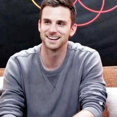 Find images and videos about gif, coldplay and guy berryman on We Heart It - the app to get lost in what you love. Love Band, Great Bands, Cool Bands, Beautiful World Lyrics, Adam Campbell, Coldplay Songs, Jonny Buckland, Atticus Finch, Chris Martin