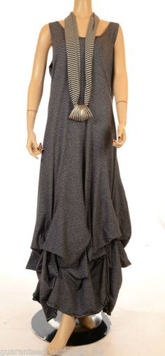 Grey/Black Lagenlook dress - don't like the scarf/necklace though
