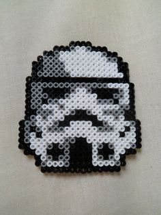 Star Wars  Stormtrooper  Pixel art  Hamma beads by elrincondereiko, €6.50