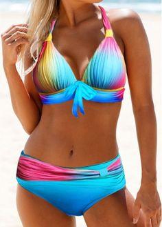 Shop trendy fashion swimwear online, you can get sexy bikinis, swimsuits & bathing suits for women on ZAFUL. Sexy Bikini, Bikini Dos Nu, Bikini Sets, Bikini Push Up, Bikini Swimwear, Halter Bikini, Strap Bikini, Bikini Beach, 2 Piece Swimsuits
