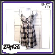 """⚫️⏰ BOGO 1/2 OFF Fox Racing Co Plaid Dress  BOGO 1/2 OFF see Sale Post in my closet for more details  Perfect for the summer! Black, cream and purple button up sleeveless dress...even has 2 hidden side pockets in the skirt...fully lined Brand: Fox Racing Co. Size: Medium Measurements: length - 34""""; chest - 17.5"""" flat Condition: preowned - good Fox Dresses Mini"""