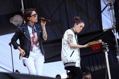 """104 Me gusta, 1 comentarios - POTQ Magazine (@potq) en Instagram: """"Tegan and Sara presentándose ahora en el Acer Stage 💘 📸 por @nicvader #LollaPOTQ #LollaCL…"""""""
