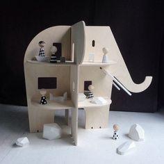 Houten Poppenhuis - Ele Villa - Rock & Pebble