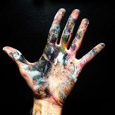 P A I N T  B R U I S E . Been developing some exciting new visuals this afternoon, new work coming soon.... . #art #artist #artstudio #painting #painter #hands #messy #paint #black #colour #edinburgh #scotland #insta_edinburgh #creative #glasgow