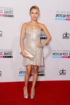 Hayden Panettiere arrives at the 40th Anniversary American Music Awards