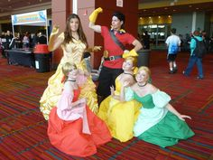 Belle, Gaston and the Bimbettes Couple Costumes, Diy Costumes, Costume Ideas, Halloween Costumes, Epic Cosplay, Disney Cosplay, Awesome Cosplay, Beauty And The Beast Costume, Disney Princess Costumes