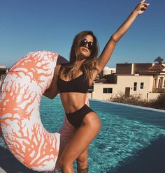 Trendy Ideas For Summer Outfits : summer vibes - Bra and Bikini Fashion Bikini Sets, The Bikini, Bikini Pool, Daily Bikini, Bikini Babes, Bikini 2017, Sexy Bikini, Black Swimsuit, Female Fitness