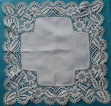 Antique/vintage Beds lace handkerchief