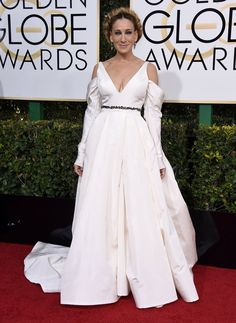 """Sarah Jessica Parker, nominee for best performance by an actress in a television series (musical or comedy) for her role in """"Divorce,"""" wearing Vera Wang at the 2017 Golden Globes."""