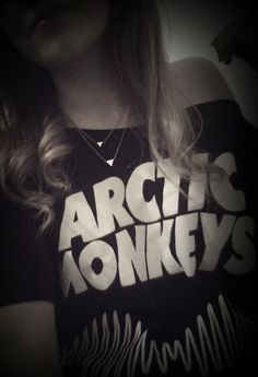 Arctic monkeys AM t-shirt necklace