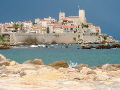 Antibes- I so want to visit the other part of the French coast (La Cote d'Azur)