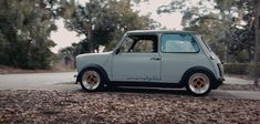 Nickoli's 1979 Austin Mini by I Love Bass