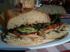 Panera Bread Restaurant Copycat Recipes: Tuscan Chicken Sandwich I looooved this sandwich wished they didn't get rid of it Chicken Sandwich Recipes, Baked Chicken Recipes, Grilled Chicken, Bread Recipes, Chick Fil A Recipe Copycat, Copycat Recipes, Best Sandwich, Sandwich Ideas, Tuscan Chicken
