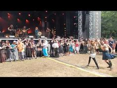 Asynje - old viking game - live at Castlefest 2014 - YouTube