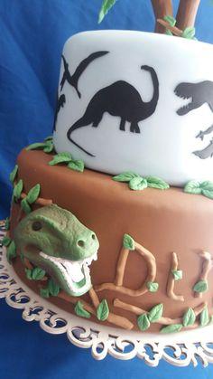 Cake fake dinossauro