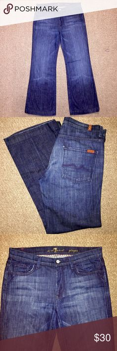 """7 For All Mankind """"Ginger"""" Boot Cut Jeans 7 For All Mankind Ginger Boot Cut Dark Wash Women's Designer Jeans in size 31. Made from 98% cotton and 2% elastane, so they are made a little stretchy! Absolute perfect excellent mint condition, no wear at all. ✔️👍🏻👍🏻😍 7 For All Mankind Jeans Boot Cut"""