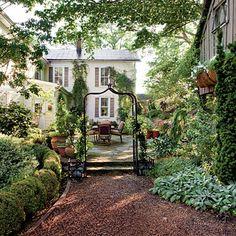 Casa e jardim de cottage!por Depósito Santa Mariah