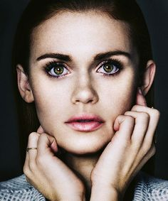 Holland Roden // she's absolutely flawless