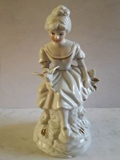 Pretty Lady with Dove Dimensions +/- . 180 x 75 x 75 (mm) : x x (inch) Weight +/- . 192 g : ounces Pretty Woman, Arts And Crafts, Sculpture, Statue, Antiques, Lady, Ornaments, Vintage, Antiquities